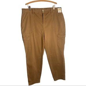 Terra & Sky Khaki skinny mid-rise cargo pants nwt